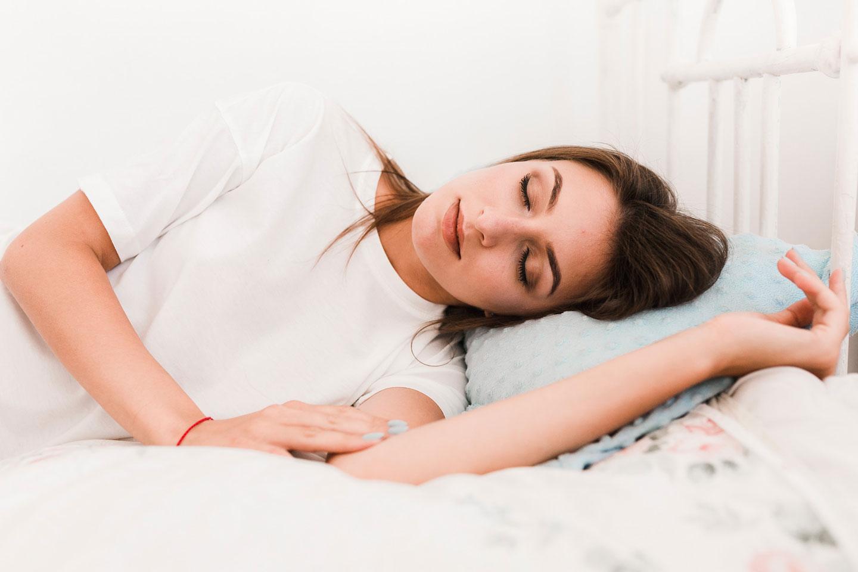 Ako pokojne spať počas leta
